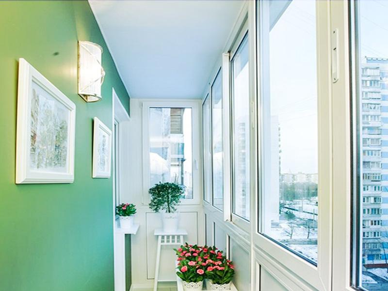 Раздвижные окна для остекления декоративного и теплого.